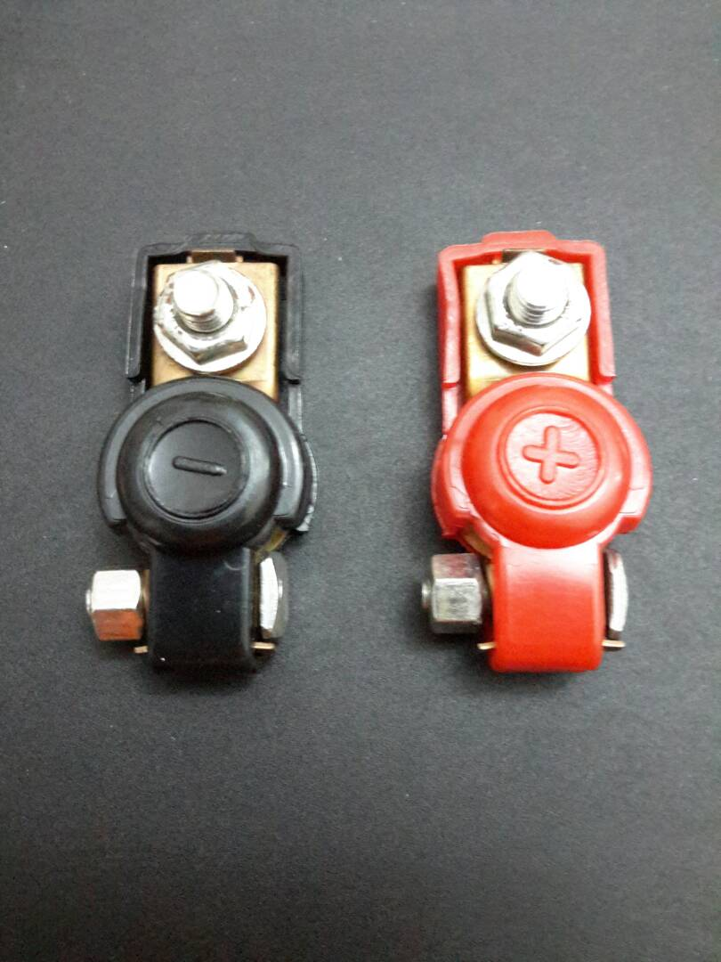 Q MOBILE AUDIO BATTERY CLAMP (+/-)